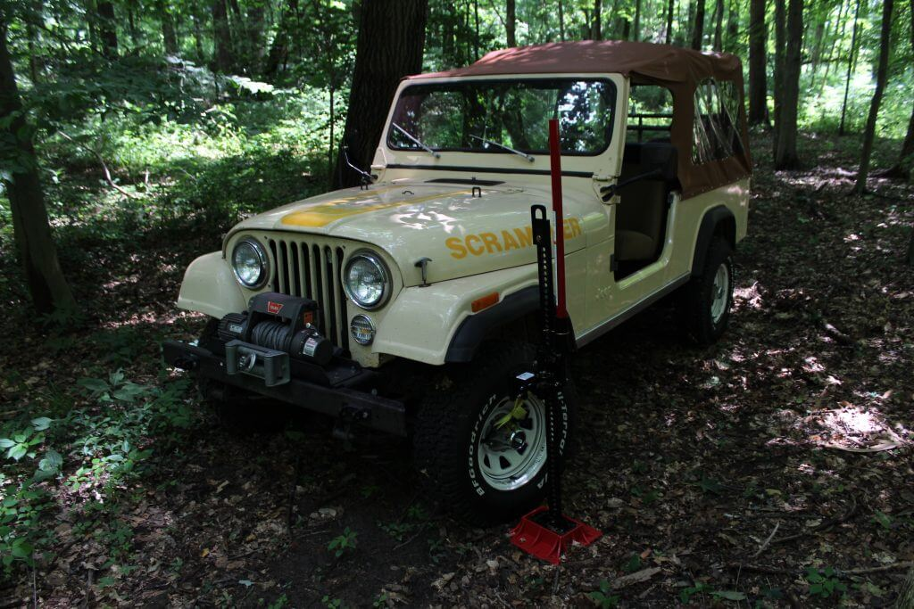 Hi-Lift Jacks Jeep Jack With Off-Road Base